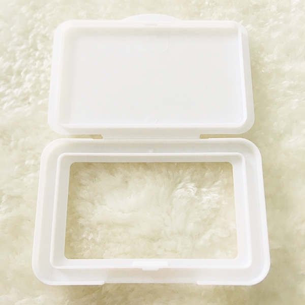 Plastic wet wipes lid