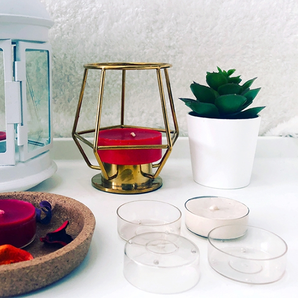 PC86 wholesale plastic tealight candle container